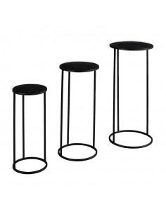 Mesas de metal elegantes para la decoración otoñal de escaparates y espacios