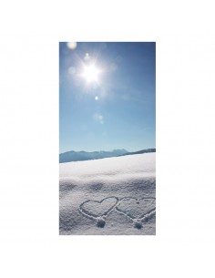 Banner-foto paisaje nieve con dos corazones para la decoración del fondo decorativo en los escaparates de tiendas