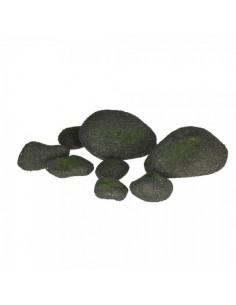 Piedras recubiertas de musgo para la decorar en primavera centros comerciales y escaparates