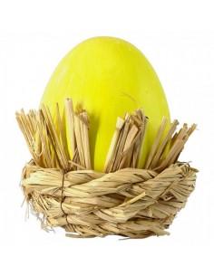 Huevo de pascua con nido para escaparates de pastelerías en pascua de semana santa