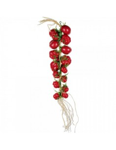 Imitación de ristra de tomates rojos para la decoración de escaparates en verano con imitación alimentos