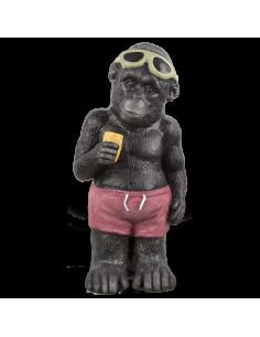 Gorila de pie con bañador gafas de sol y cono de helado para la decorar espacios y escaparates de verano con mamíferos y aves