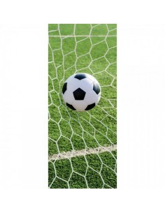 Banner-poster pelota de fútbol en la red para la decorar en primavera centros comerciales y escaparates