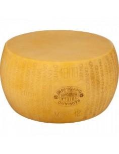 Imitación queso parmesano para queserías y charcuterías y escaparates de tiendas