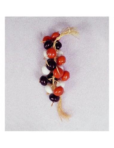 Imitación guirnalda de tipos de cebollas para fruterías y la decoración de escaparates de tiendas o comercios