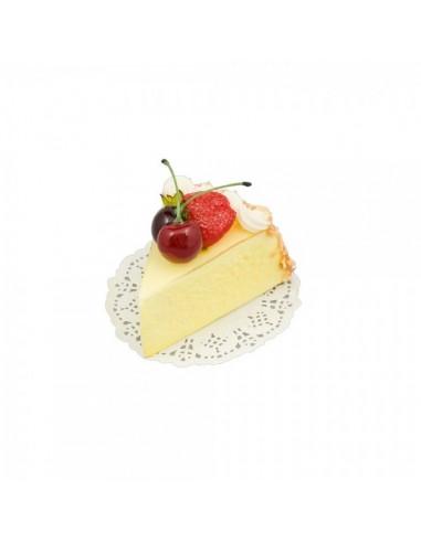 Imitación tarta de queso con cerezas y fresa para panaderías pastelerías y escaparates de tiendas
